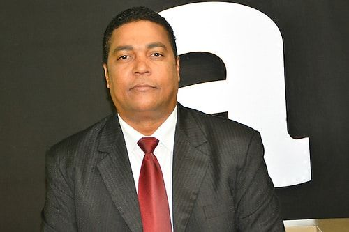 Diputado del PRM Víctor D' Aza pone a disposición su candidatura para no  afectar alianza con partidos - El Pregonero