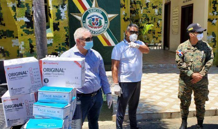 PRM entrega 10 mil mascarillas y otros equipos de protección en SFM para enfrentar Covid19
