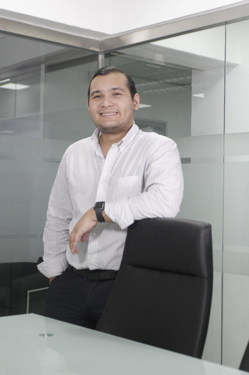Joven empresario Luis Ortiz propone al Gobierno exonerar pago eléctrico durante el periodo de cuarentena - El Pregonero