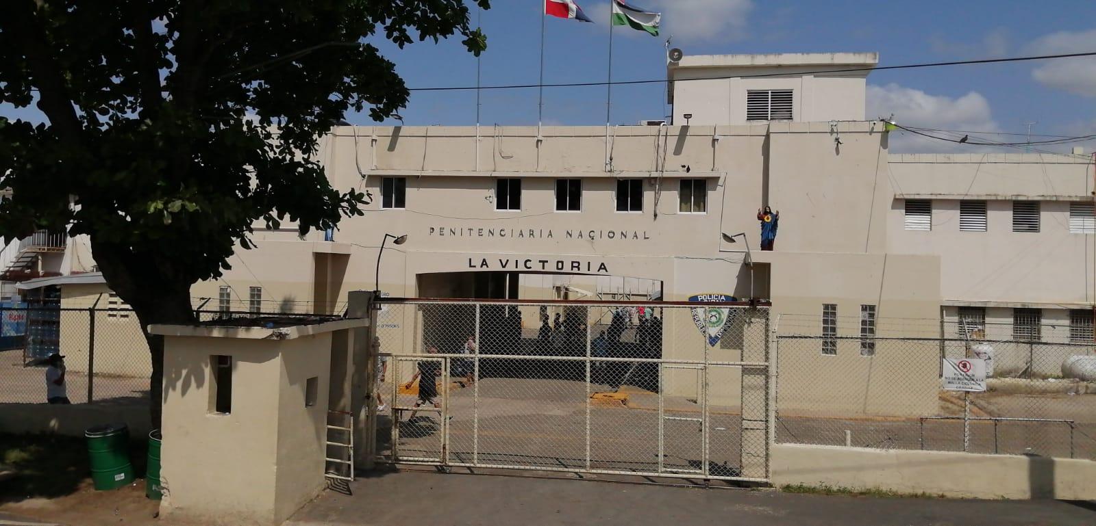 Más de mil agentes de seguridad del gobierno tomaron el control de la cárcel de La Victoria